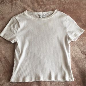 white ribbed cropped t-shirt